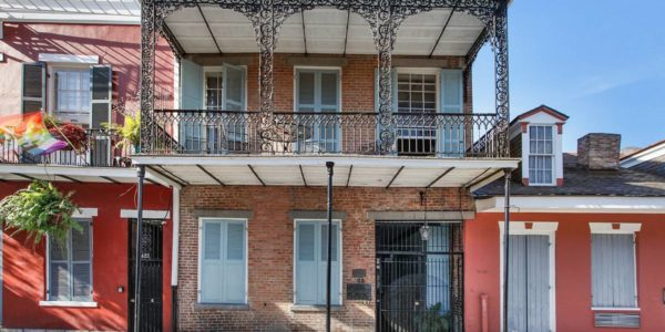 French Quarter Pied-a-terre-1